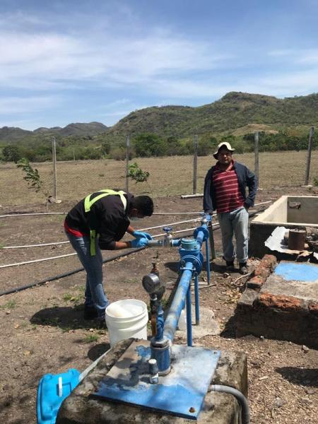 Water sampling in La India Project - CAPS 2 La India village